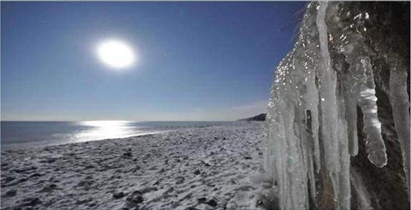 winter solstice moolight - Danny Hickling